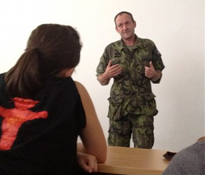 K. Klinovsky tells American students about his military experiences abroad and how it has influenced academy courses.